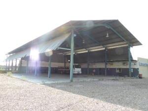 Galpon - Deposito En Alquileren Maracaibo, Carretera A Perija, Venezuela, VE RAH: 19-7750