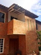 Casa En Ventaen Caracas, Los Guayabitos, Venezuela, VE RAH: 19-7773