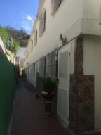 Townhouse En Ventaen San Antonio De Los Altos, La Rosaleda, Venezuela, VE RAH: 19-7776