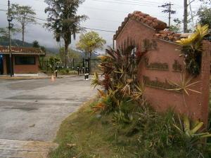 Casa En Ventaen Caracas, Lomas De Monte Claro, Venezuela, VE RAH: 19-7812