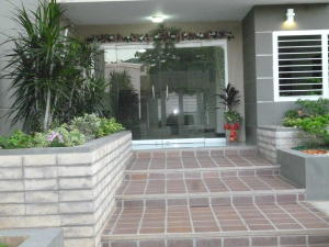Apartamento En Ventaen Maracaibo, Avenida Milagro Norte, Venezuela, VE RAH: 19-8997