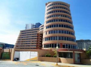 Apartamento En Ventaen Margarita, Costa Azul, Venezuela, VE RAH: 19-8070