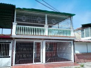 Casa En Ventaen Valencia, La Isabelica, Venezuela, VE RAH: 19-7846
