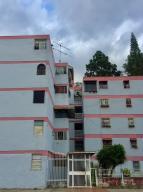 Apartamento En Ventaen Los Teques, Los Teques, Venezuela, VE RAH: 19-7131