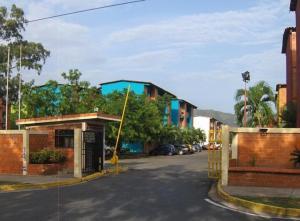 Apartamento En Ventaen Municipio San Diego, Yuma, Venezuela, VE RAH: 19-7929