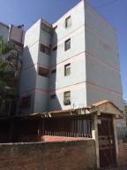 Apartamento En Ventaen Los Teques, Los Teques, Venezuela, VE RAH: 20-13752