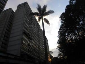 Apartamento En Ventaen San Antonio De Los Altos, Los Salias, Venezuela, VE RAH: 19-8175