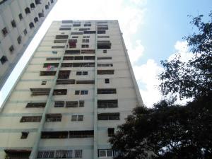 Apartamento En Ventaen Caracas, Caricuao, Venezuela, VE RAH: 19-8050
