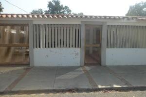 Casa En Ventaen Maracaibo, La Rotaria, Venezuela, VE RAH: 19-8013