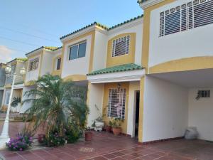 Townhouse En Ventaen Cabimas, Las 40, Venezuela, VE RAH: 19-8031