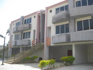 Townhouse En Ventaen Maracay, El Castaño, Venezuela, VE RAH: 19-8041