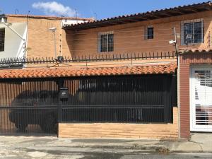 Casa En Ventaen Caracas, Santa Ines, Venezuela, VE RAH: 19-8095