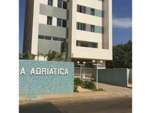Apartamento En Ventaen Maracaibo, San Martin, Venezuela, VE RAH: 19-8058
