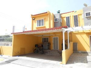 Casa En Ventaen Municipio Linares Alcantara, Valle Jardin, Venezuela, VE RAH: 19-8069