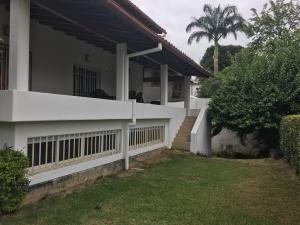 Casa En Ventaen Caracas, Prados Del Este, Venezuela, VE RAH: 19-8084