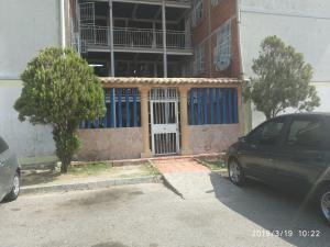Apartamento En Ventaen Maracay, Madre Maria, Venezuela, VE RAH: 19-8328