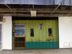Local Comercial En Alquileren Valencia, Zona Industrial, Venezuela, VE RAH: 19-8161