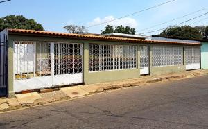 Casa En Ventaen Coro, El Carey, Venezuela, VE RAH: 19-8165