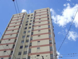 Apartamento En Ventaen Barquisimeto, Parroquia Catedral, Venezuela, VE RAH: 19-8184