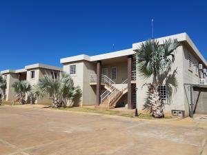 Apartamento En Ventaen Coro, Samanes Plaza, Venezuela, VE RAH: 19-8210