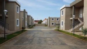 Apartamento En Ventaen Coro, Samanes Plaza, Venezuela, VE RAH: 19-8222