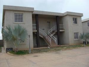 Apartamento En Ventaen Coro, Samanes Plaza, Venezuela, VE RAH: 19-8223