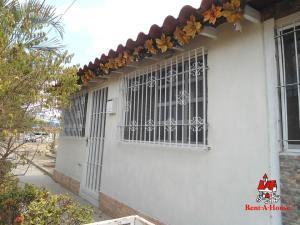 Casa En Ventaen Cagua, Prados De La Encrucijada, Venezuela, VE RAH: 19-8253