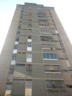 Apartamento En Ventaen San Antonio De Los Altos, El Picacho, Venezuela, VE RAH: 19-8288
