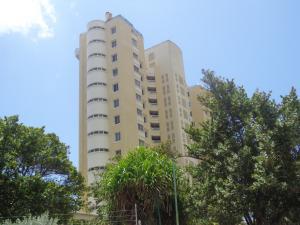 Apartamento En Ventaen La Guaira, Camuri Grande, Venezuela, VE RAH: 19-8273