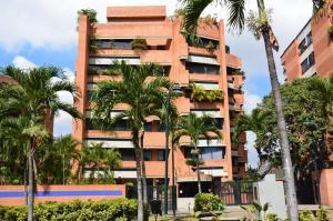 Apartamento En Alquileren Caracas, Campo Alegre, Venezuela, VE RAH: 19-8312