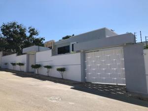 Casa En Ventaen Margarita, Maneiro, Venezuela, VE RAH: 19-4377