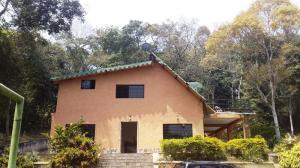 Casa En Ventaen Municipio Naguanagua, La Entrada, Venezuela, VE RAH: 19-8355