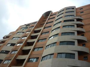 Apartamento En Ventaen Valencia, Agua Blanca, Venezuela, VE RAH: 19-8431