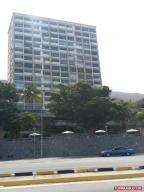 Apartamento En Ventaen Parroquia Caraballeda, Camuri Chico, Venezuela, VE RAH: 19-8446