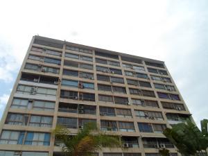 Apartamento En Ventaen Parroquia Caraballeda, Los Corales, Venezuela, VE RAH: 19-8655