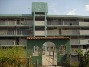 Apartamento En Ventaen Los Teques, Los Teques, Venezuela, VE RAH: 19-8465