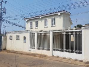 Townhouse En Ventaen Coro, Centro, Venezuela, VE RAH: 19-8511