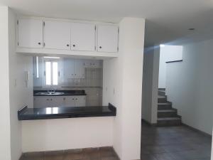 Townhouse En Ventaen Coro, Prolongación Manaure, Venezuela, VE RAH: 19-8511