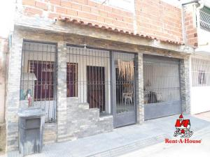 Casa En Ventaen Turmero, La Casona, Venezuela, VE RAH: 19-8524