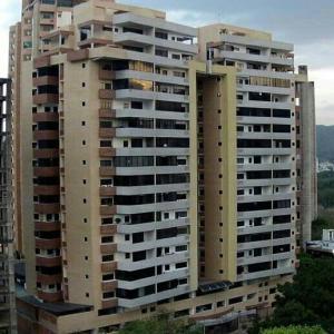 Apartamento En Ventaen Valencia, Las Chimeneas, Venezuela, VE RAH: 19-8704