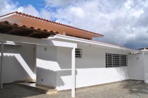 Casa En Ventaen Caracas, Colinas De Los Ruices, Venezuela, VE RAH: 19-8620