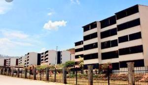 Apartamento En Ventaen Los Teques, El Solar De La Quinta, Venezuela, VE RAH: 19-8633
