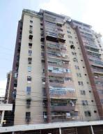 Apartamento En Ventaen Maracay, Urbanizacion El Centro, Venezuela, VE RAH: 19-8658