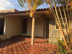 Casa En Ventaen Cabudare, La Mora, Venezuela, VE RAH: 19-8677