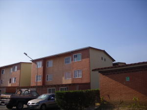 Apartamento En Ventaen Guatire, Alto Grande, Venezuela, VE RAH: 19-8513