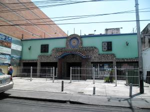Edificio En Ventaen Maracay, Zona Centro, Venezuela, VE RAH: 19-8713