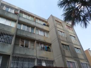 Apartamento En Ventaen Cabudare, La Mora, Venezuela, VE RAH: 19-8747