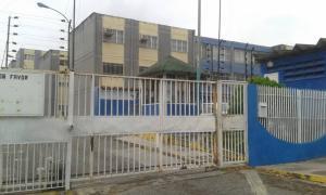 Apartamento En Ventaen Cabudare, La Mora, Venezuela, VE RAH: 19-8757