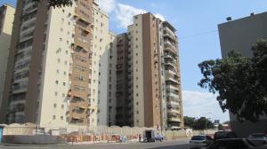 Apartamento En Ventaen Maracay, Base Aragua, Venezuela, VE RAH: 19-8771