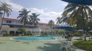 Apartamento En Ventaen Puerto La Cruz, Complejo Turistico El Morro, Venezuela, VE RAH: 19-8770